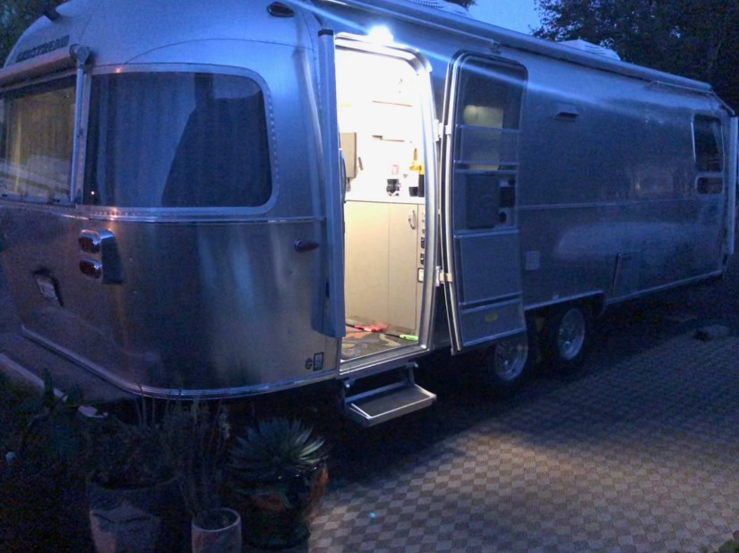 dark airstream